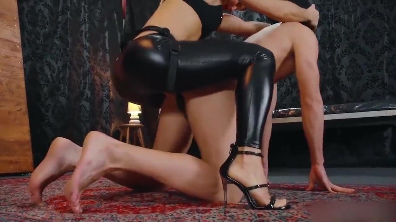 anal milf at home