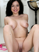 wife makes love to lesbian
